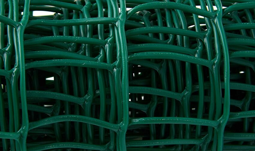 Green-Plastic-Coated-Garden-Mesh-zoom