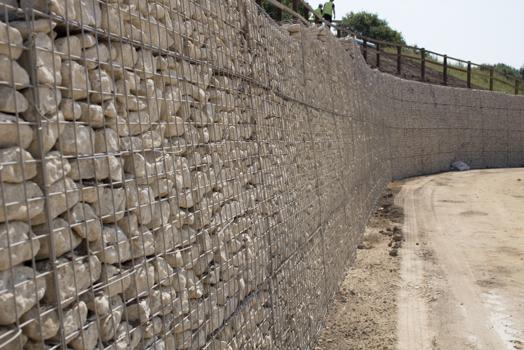 tall-gabion-wall