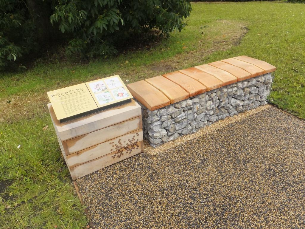 small-memorial-gabion-bench-2