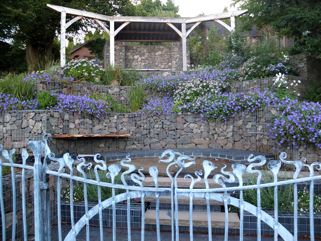 decorative-gabion-garden-feature