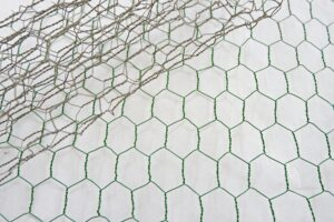 How to Paint Chicken Wire