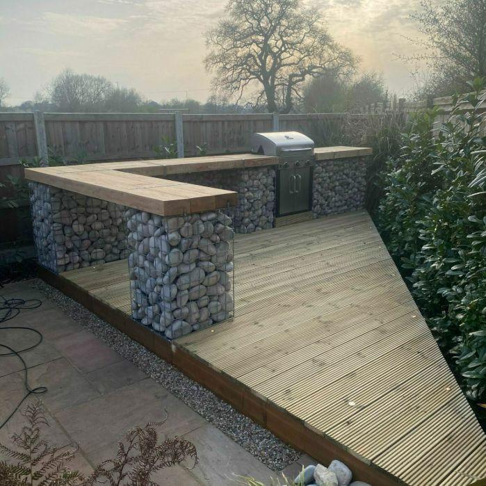 garden-barbeque-with-gabions
